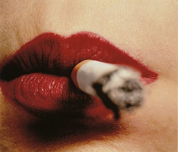 irving-penn-cigarette-and-lips-new-york-before-1961